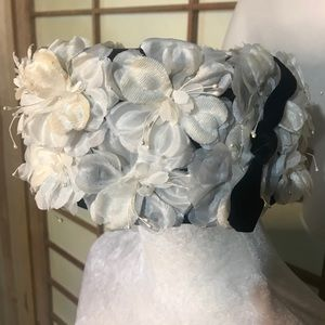 Vintage pillbox white floral and velvet hat